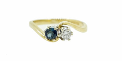 Pre-Owned 9ct Yellow Gold Sapphire & Diamond 2 Stone Crossover Ring.