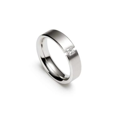 18ct White Gold Gents Christian Bauer Semi-Tension Set Gents Wedding Band